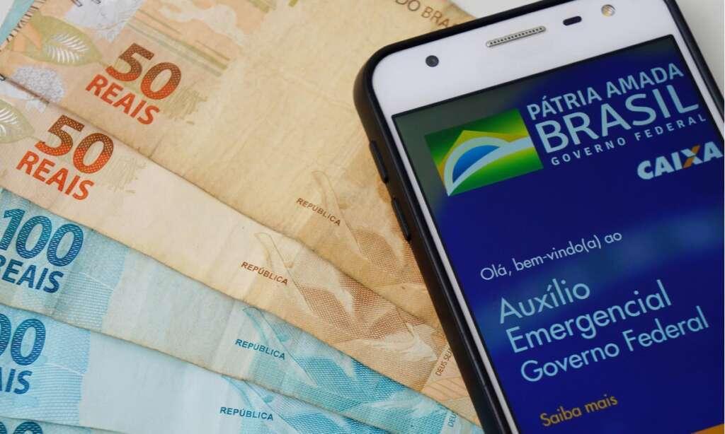 Caixa começa a pagar hoje última parcela do auxílio de R$ 600 ou R$ 300