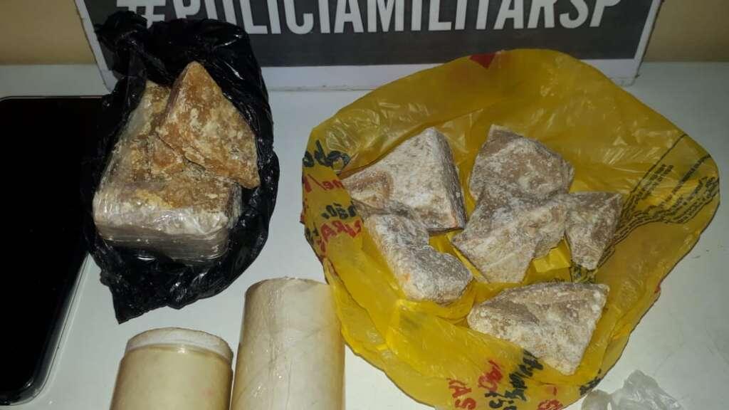 Força Tática de Leme prende suspeito com mais de meio quilo de droga Crack
