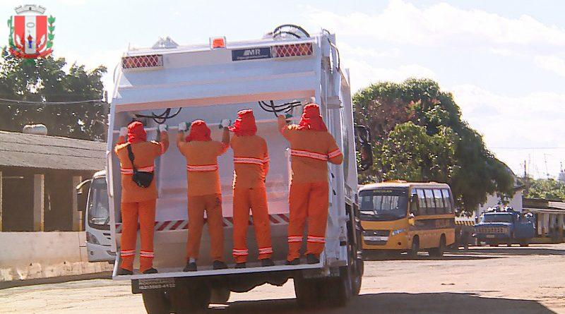 Duas regiões mantêm novos horários de coleta de lixo em Pirassununga