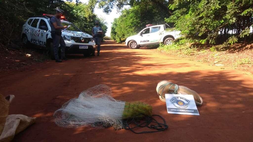 Ação integrada da Polícia Militar Ambiental e PMT, apreende petrechos de pesca