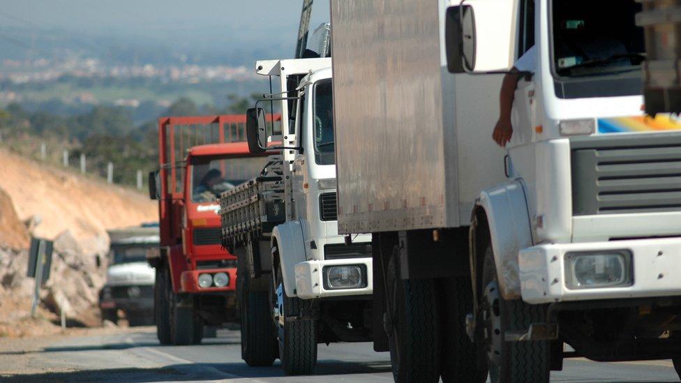 Governo lança pacote de medidas para atender os caminhoneiros