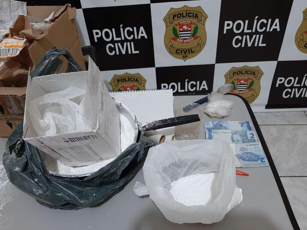 Denúncia leva Polícia Civil de Pirassununga prender suspeito de envolvimento com o tráfico