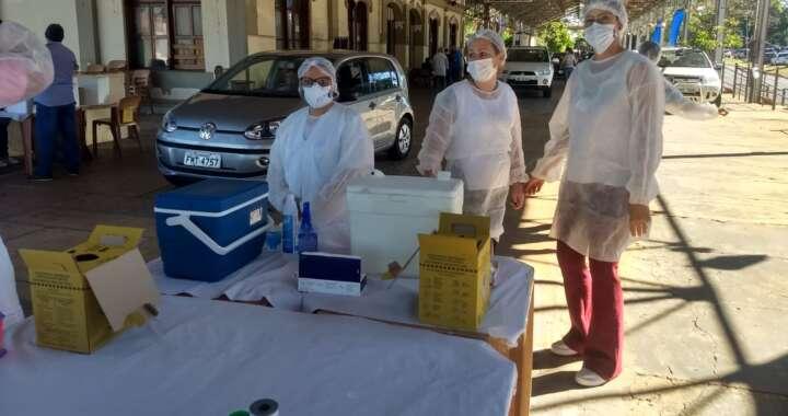 Pirassununga vacinará adultos acima dos 27 anos nesta quinta-feira